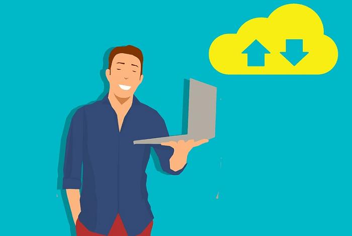 Je legální stahovat z Uložto a přes torrenty?