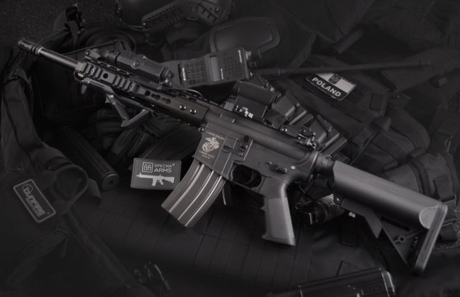 Zbraně na airsoft vypadají stejně jako reálné zbraně